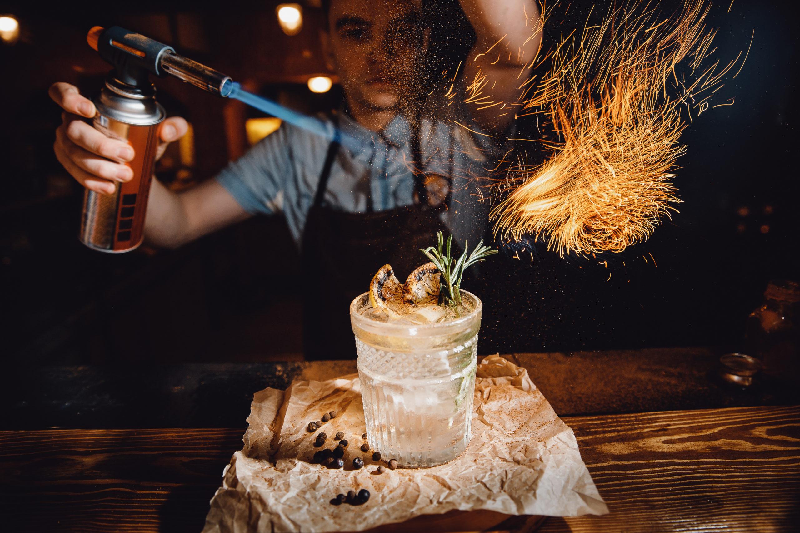 Alles über den Beruf als Barkeeper