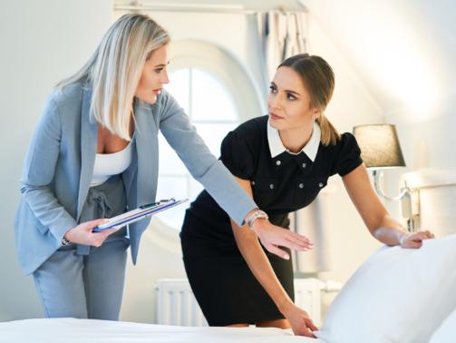 Die Aufgaben des Housekeepings im Hotel