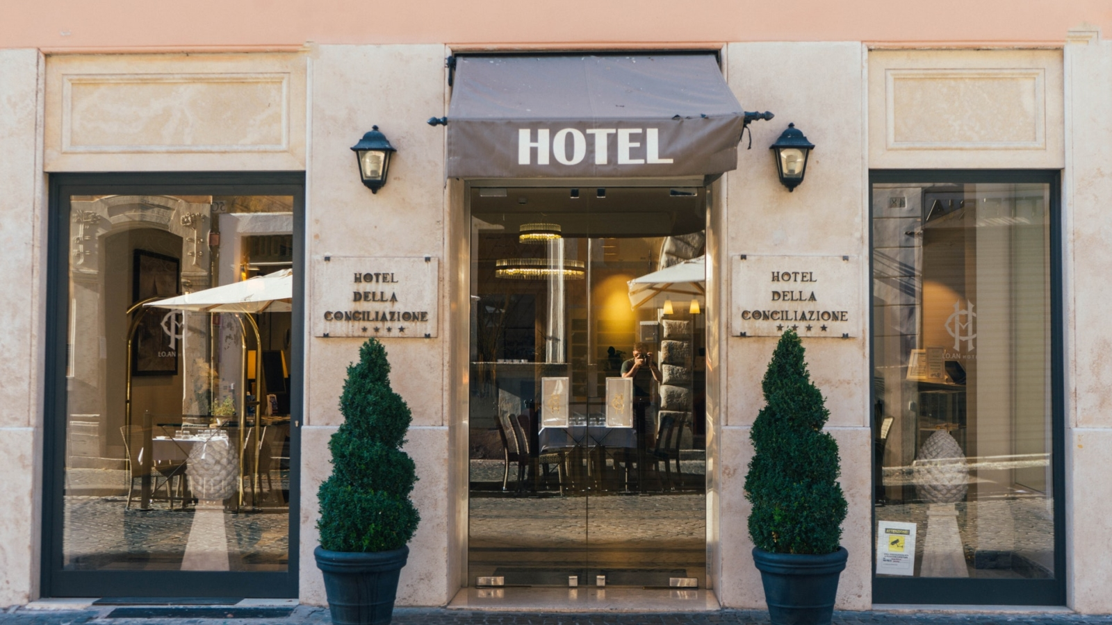 Abteilungen und Berufsgruppen im Hotel