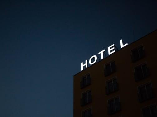 Was gehört zu einem 4 Sterne Hotel?